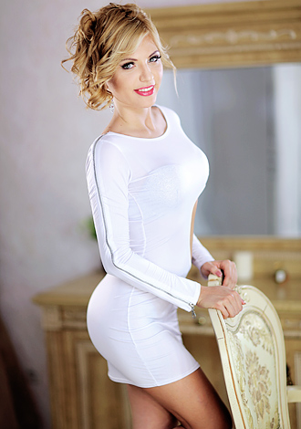 Woman In Ukraine Sofiya From Kiev 28 Yo Hair Color Blond