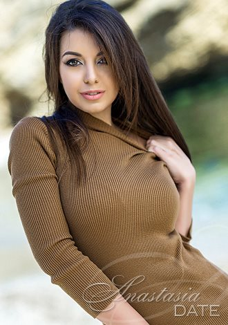 Gorgeous single women: young Russian woman Olga from Odessa