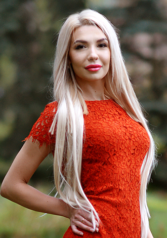 Most gorgeous women: exotic Russian lady Juliya from Kharkov